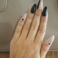 Nailhur - Stiletto Ying Yang