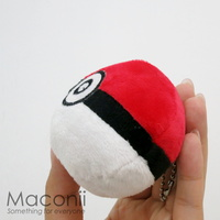 Pokemon Pokeball Plush Keyring